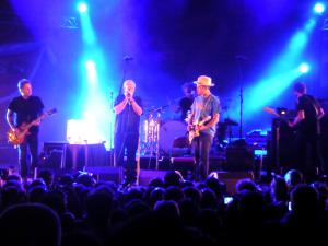 Ben Harper and Charlie Musselwhite (06)