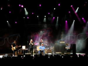 Ben Harper and Charlie Musselwhite (10)