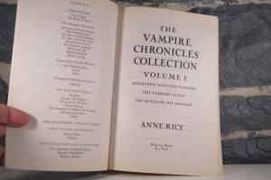 The Vampire Chronicles Collection- Interview with the Vampire, The Vampire Lestat, The Queen of the Damned (05)