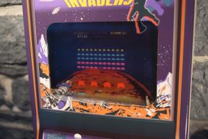 Space Invaders - Tomohiro Nishikado (Collector) (04)